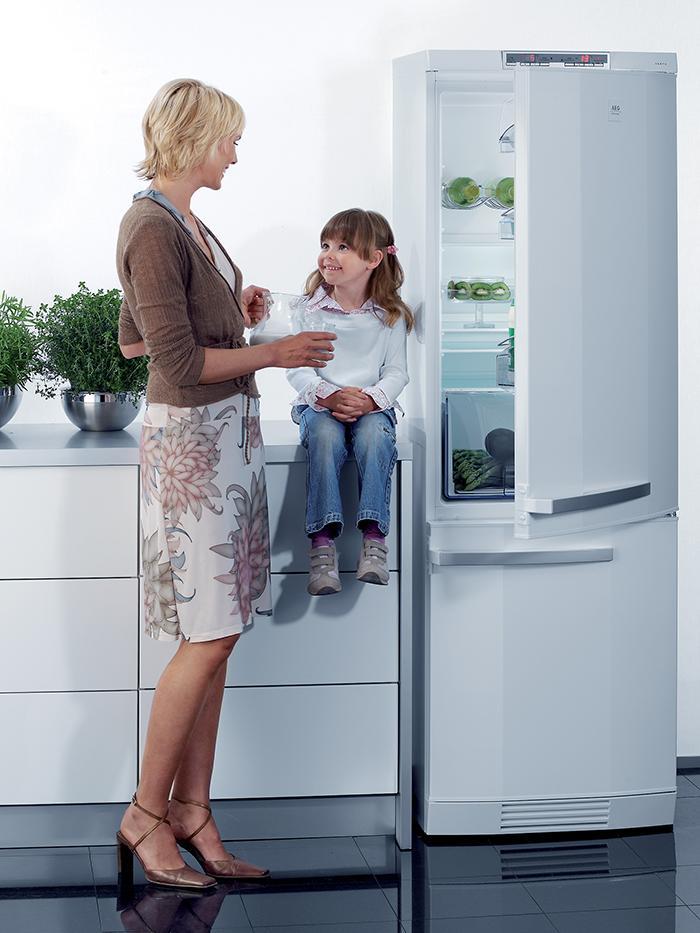 Mẹo khắc phục nhanh tình trạng đổ mồ hôi của tủ lạnh